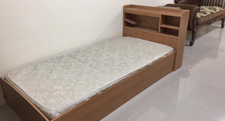 2 BHK full furniture Qr : 2900